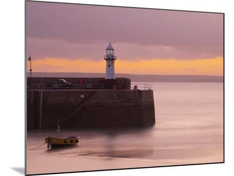 England, Cornwall, St Ives Harbour, UK-Alan Copson-Mounted Photographic Print
