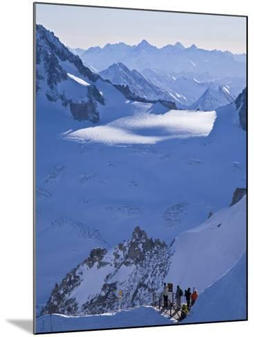 Chamonix-Mont-Blanc, French Alps, Haute Savoie, France-Gavin Hellier-Mounted Photographic Print