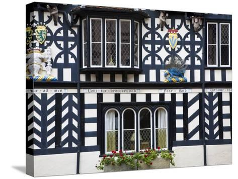 Warwickshire, Warwick, Lord Leycester Hospital, Courtyard, Timber Framed Building, England-Jane Sweeney-Stretched Canvas Print