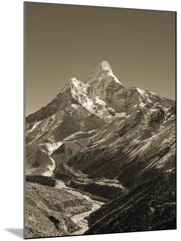 Ama Dablam, Khumbu Valley, Everst Region, Nepal-Jon Arnold-Mounted Photographic Print
