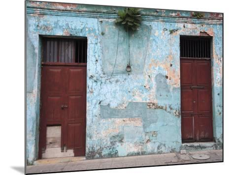 Colonial Architecture, Antigua, Guatemala, Central America-Wendy Connett-Mounted Photographic Print