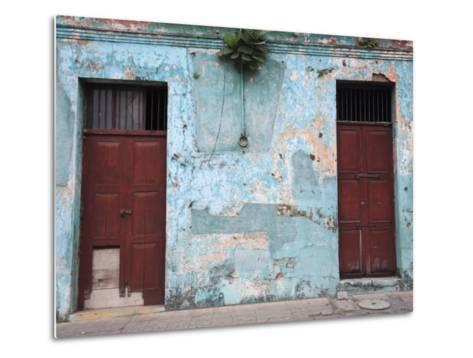 Colonial Architecture, Antigua, Guatemala, Central America-Wendy Connett-Metal Print