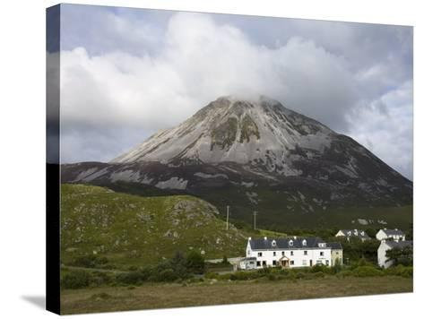 Mount Errigal and Dunlewy Village, County Donegal, Ulster, Republic of Ireland, Europe-Richard Cummins-Stretched Canvas Print