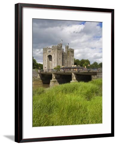Bunratty Castle, County Clare, Munster, Republic of Ireland, Europe-Richard Cummins-Framed Art Print