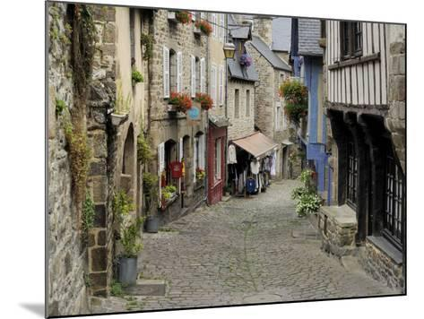 Ancient Cobbled Street and Houses, Rue Du Petit Fort, Dinan, Cotes-D'Armor, Brittany-Peter Richardson-Mounted Photographic Print