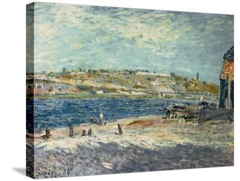River Banks at Saint-Mammes, 1884-Alfred Sisley-Stretched Canvas Print