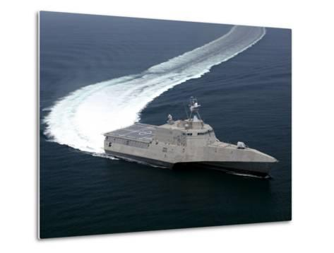 The Littoral Combat Ship Independence Underway During Builder's Trials in the Gulf of Mexico--Metal Print