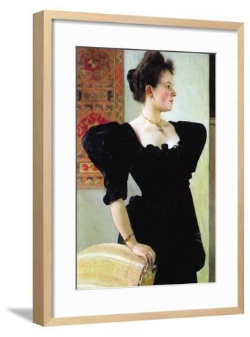 Portrait of Marie Breunig-Gustav Klimt-Framed Art Print