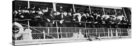 The Home Coming of the 210 Survivors of the Titanic's Crew--Stretched Canvas Print