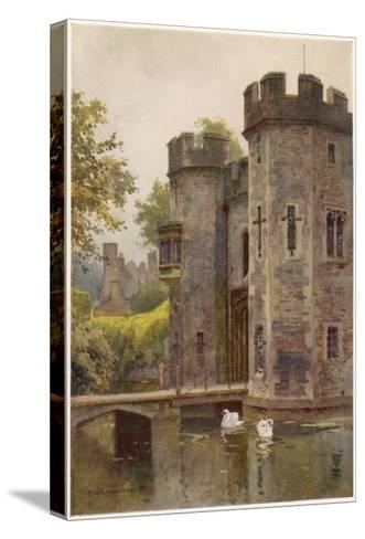 Wells, Somerset: the Bishop's Palace Gatehouse and Drawbridge--Stretched Canvas Print