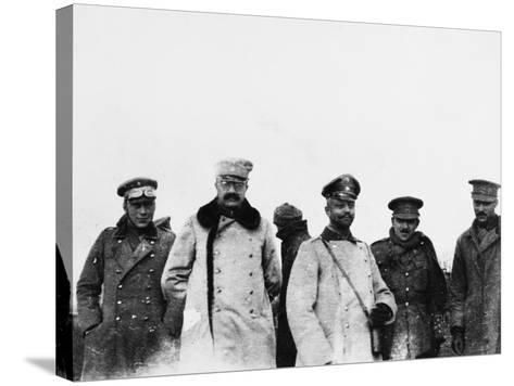 Christmas Truce 1914-Robert Hunt-Stretched Canvas Print