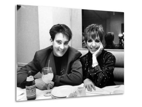 Country/Western Singer KD Lang with Actress Liza Minnelli at a Party to Celebrate Lang's Concert--Metal Print