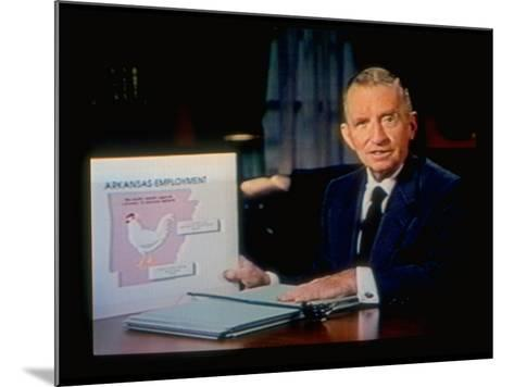 TX Magnate Ross Perot with AR State Employment Record Chart, Attacking Candidate Bill Clinton-Ted Thai-Mounted Premium Photographic Print