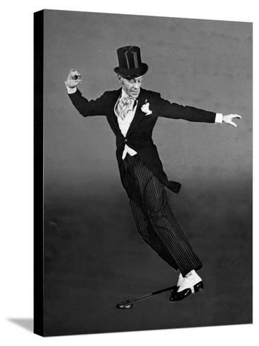 "Fred Astaire in Top Hat, Tails and Spats, Dancing ""Puttin' on the Ritz"" for ""Blue Skies""-Bob Landry-Stretched Canvas Print"