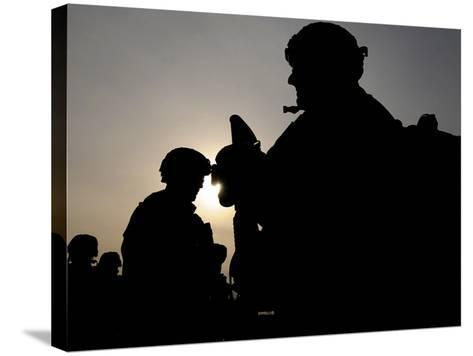 Us Soldiers Belonging to the Nato-Led International Security Assistance Force--Stretched Canvas Print