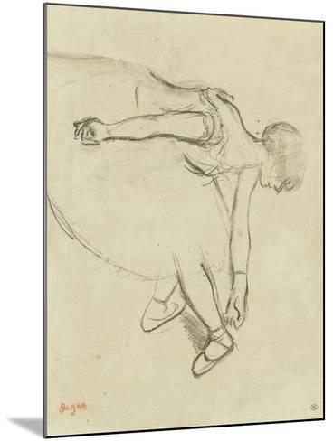 Danseuse en quatrième position-Edgar Degas-Mounted Giclee Print