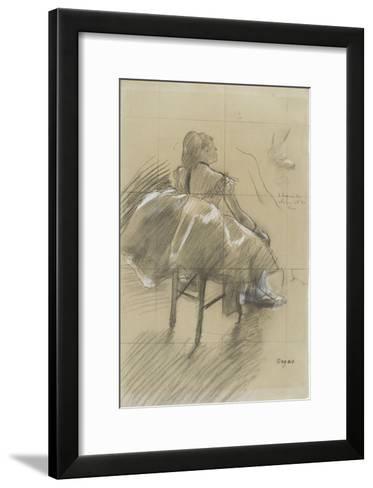 Danseuse assise, de trois quarts à droite-Edgar Degas-Framed Art Print