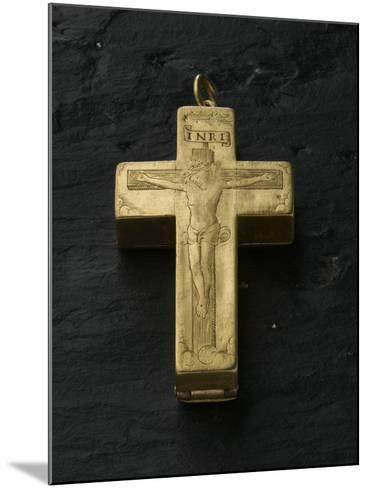 Cadran solaire équinoxial en forme de croix reliquaire-Adrien Zeelst-Mounted Giclee Print