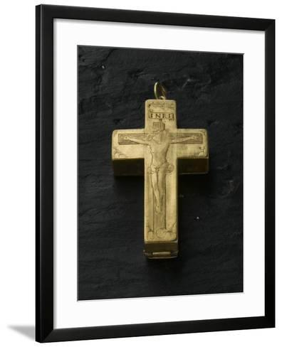Cadran solaire équinoxial en forme de croix reliquaire-Adrien Zeelst-Framed Art Print