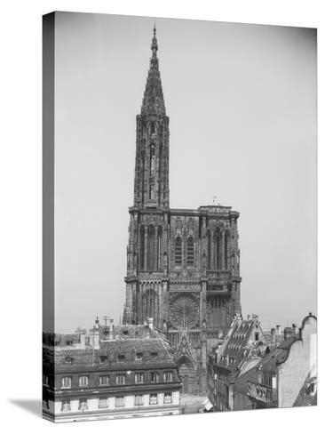 Façade de la cathédrale de Strasbourg--Stretched Canvas Print