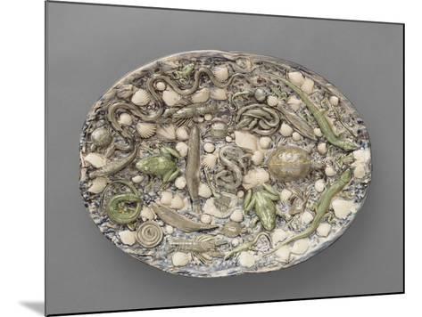 Plat ovaà bord ondulé, couleuvres, tortue, lézards, grenouil, poissons, étrilet coquillages-Bernard Palissy-Mounted Giclee Print