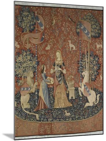Tenture de la Dame à la Licorne : l'Odorat--Mounted Giclee Print