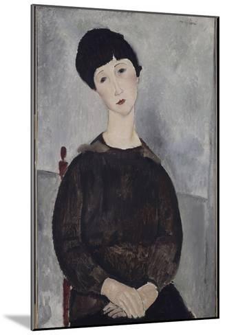Jeune fille brune, assise-Amedeo Modigliani-Mounted Giclee Print