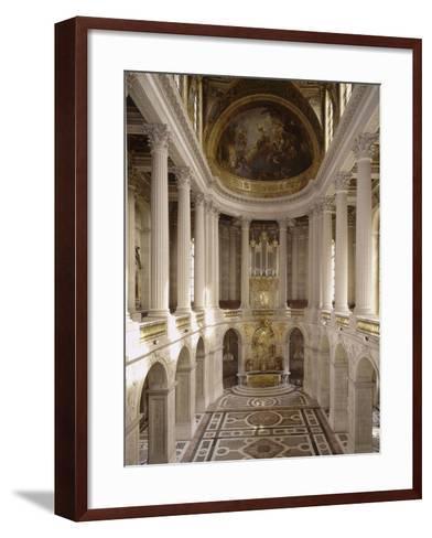 vue intérieure de la chapelle royale de Versailles en 1999--Framed Art Print