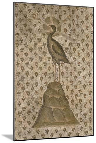 Mosaïque de sol : Le Phénix sur un semis de boutons de roses--Mounted Giclee Print