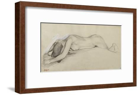 Femme nue allong?e sur le ventre, la t?te entre les bras-Edgar Degas-Framed Art Print