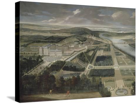 Vue cavalière du château, jardins bas et de la ville de Saint-Cloud-Etienne Allegrain-Stretched Canvas Print