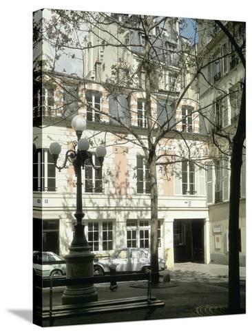 La place Fürstenberg : musée Delacroix--Stretched Canvas Print