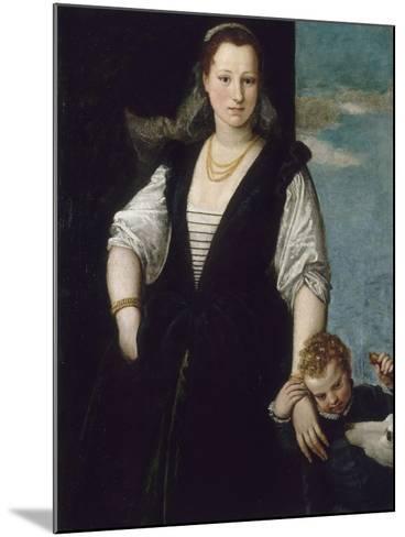 Portrait de femme avec un enfant et un chien (les enfants de Francesco Bevilacqua ?)-Paolo Veronese-Mounted Giclee Print