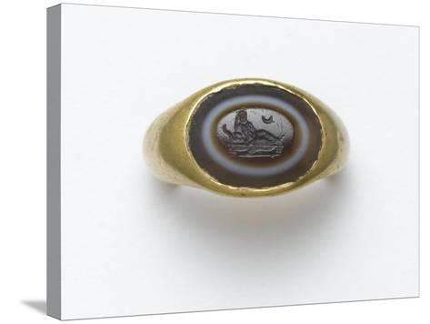 Bague à incrustation ovale en sardonyx--Stretched Canvas Print