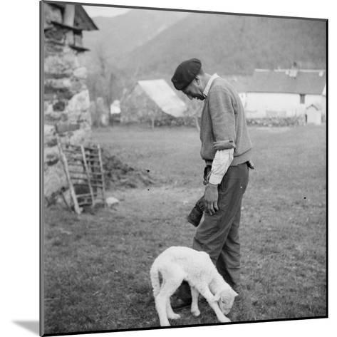 Berger et agneau--Mounted Giclee Print