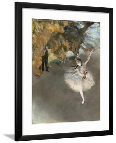l'Etoile ou Danseuse sur sc?ne-Edgar Degas-Framed Art Print