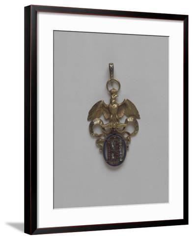 Pendentif surmonté d'un aigle--Framed Art Print