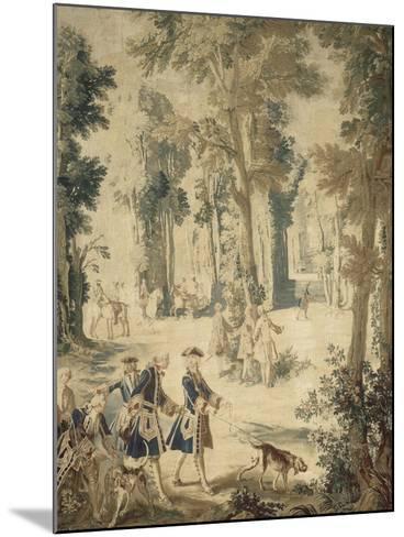 Tapisserie de la tenture : Louis XV tenant le limier-Jean Baptiste Oudry-Mounted Giclee Print