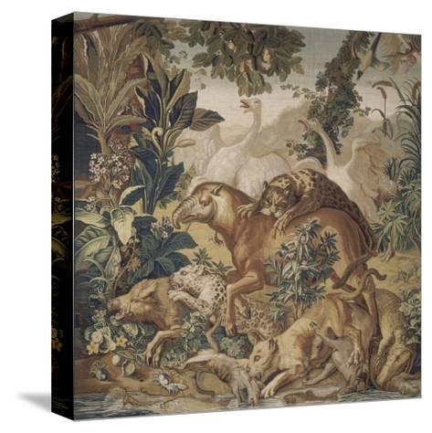 Tapisserie de la Suite des Indes : le Combat d'animaux.--Stretched Canvas Print