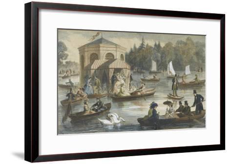 La cour à Fontainebleau. La pièce d'eau--Framed Art Print