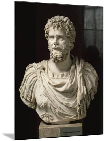 L'empereur Septime Sévère (empereur de 193-211 ap jc), buste cuirassé--Mounted Giclee Print
