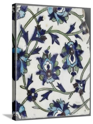 Carreau à décor floral--Stretched Canvas Print