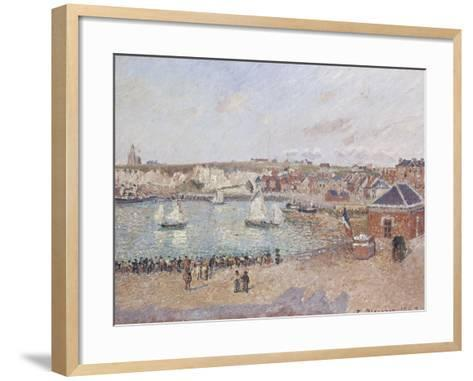 Vue de l'avant-port de Dieppe-Camille Pissarro-Framed Art Print