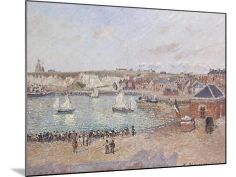 Vue de l'avant-port de Dieppe-Camille Pissarro-Mounted Giclee Print