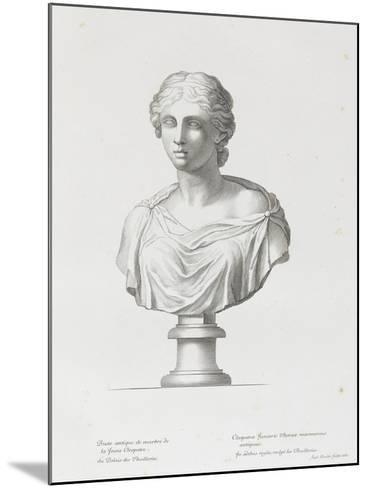 Tableau du Cabinet du Roi, statues et bustes antiques des Maisons Royales Tome II : planche 15-Etienne Baudet-Mounted Giclee Print