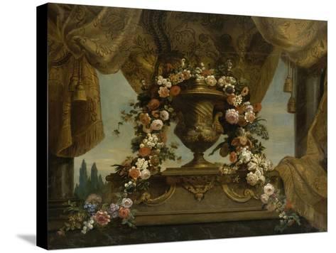 Un vase d'or couvert posé sur un socle de phorphyre, le fond est un rideau et un ciel  1702-1704-Jean Belin-Stretched Canvas Print