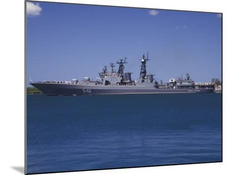 Russian Destroyer Admiral Panteleyev Transits Our of Pearl Harbor, Hawaii--Mounted Photographic Print