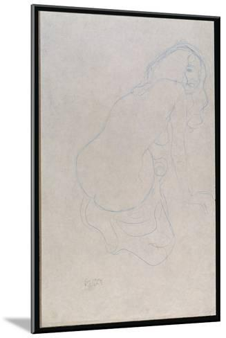 Woman Leaning to the Right with Long Hair, C.1910-11-Gustav Klimt-Mounted Giclee Print