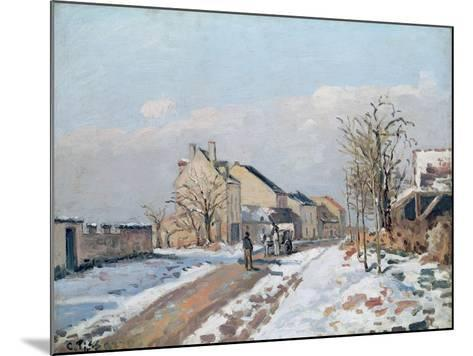 The Road from Gisors to Pontoise, Snow Effect, 1872-Camille Pissarro-Mounted Giclee Print