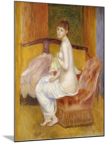 Seated Nude, Resting, 1885-Pierre-Auguste Renoir-Mounted Giclee Print